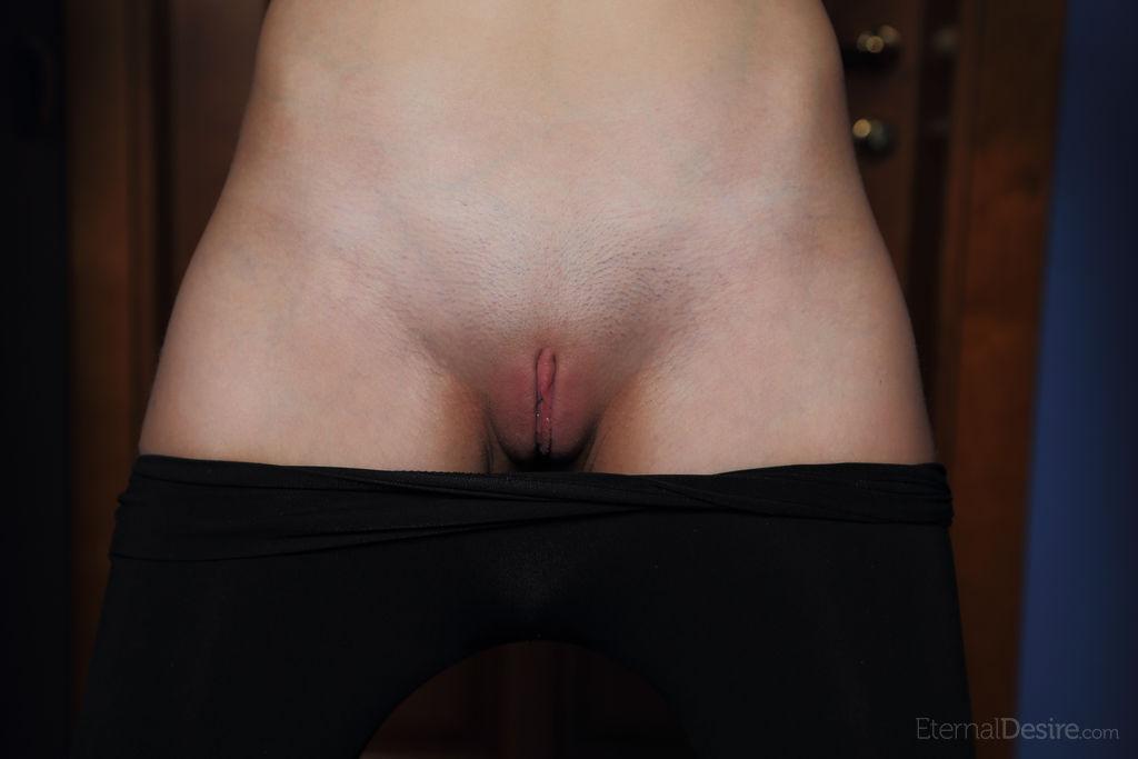 High quality nude slide
