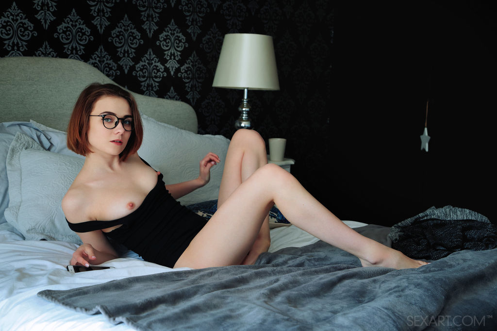 Best flirtatious model Alice Shea for adult only sessions
