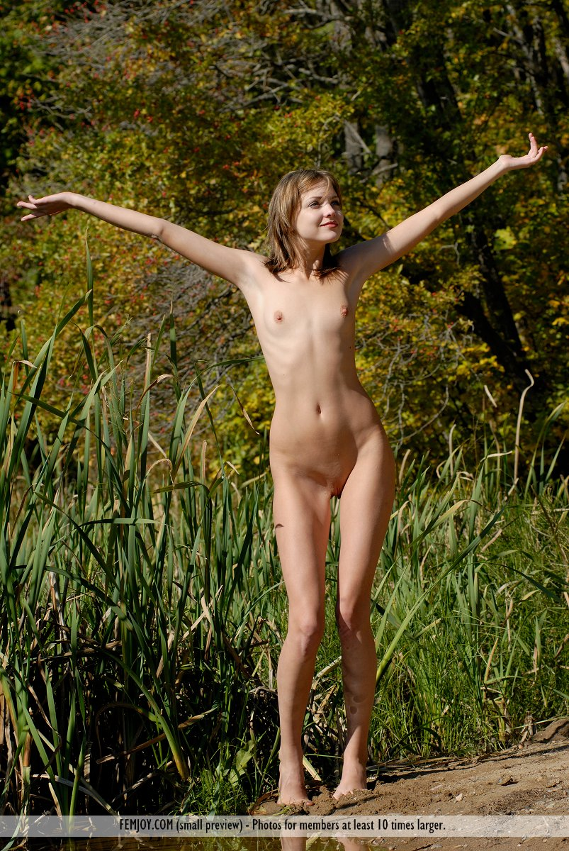 On the magazine cover of Easy To Love You FemJoy is stupendous Amelie