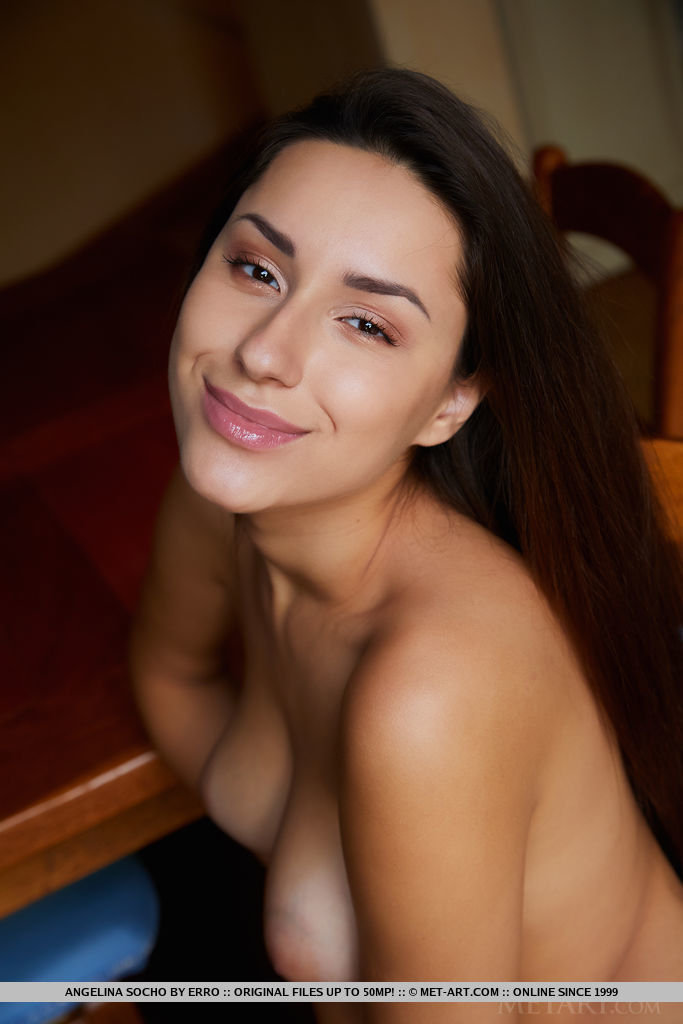 Model of Angelina Socho in naked sessions