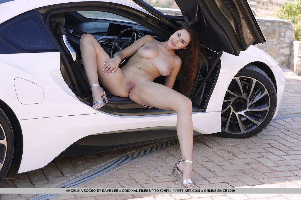 undressed photo gallery of  Angelina Socho