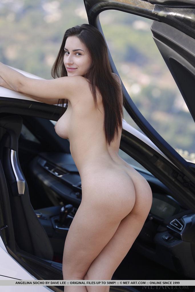Angelina Socho attractive large tits snapshot