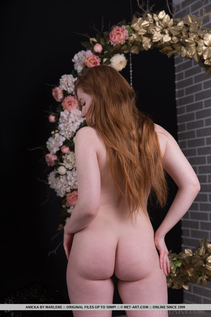 Best romantic model Anicka for adult only sessions