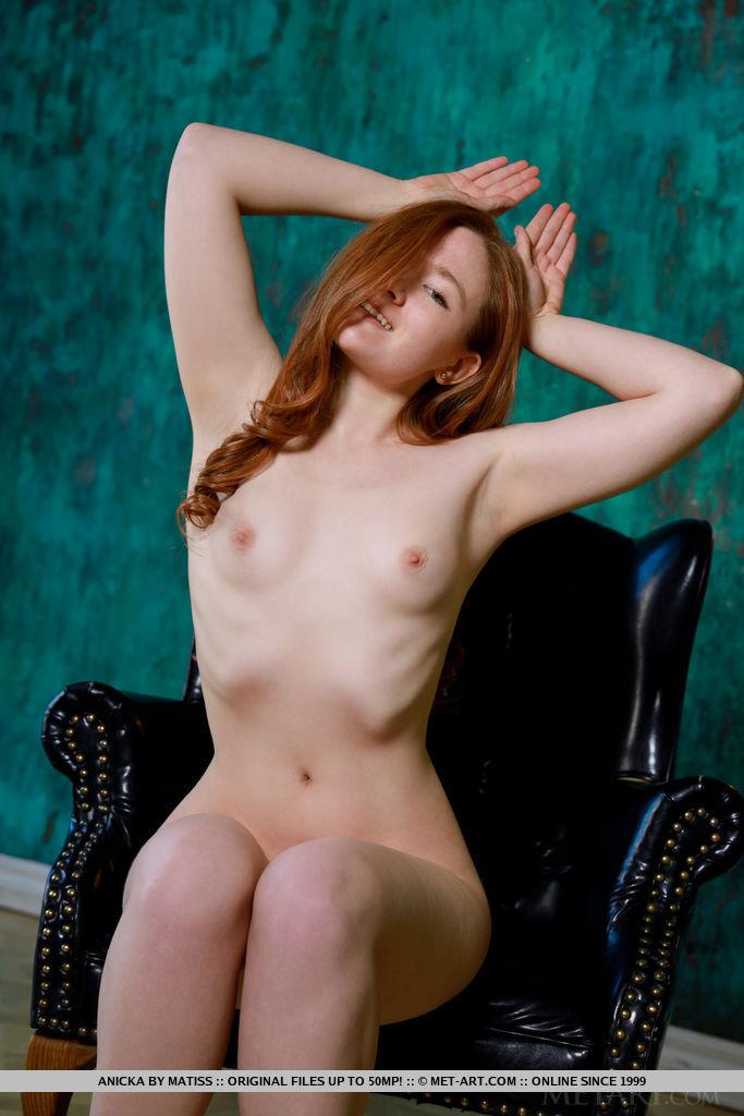 nude photo gallery of  Anicka