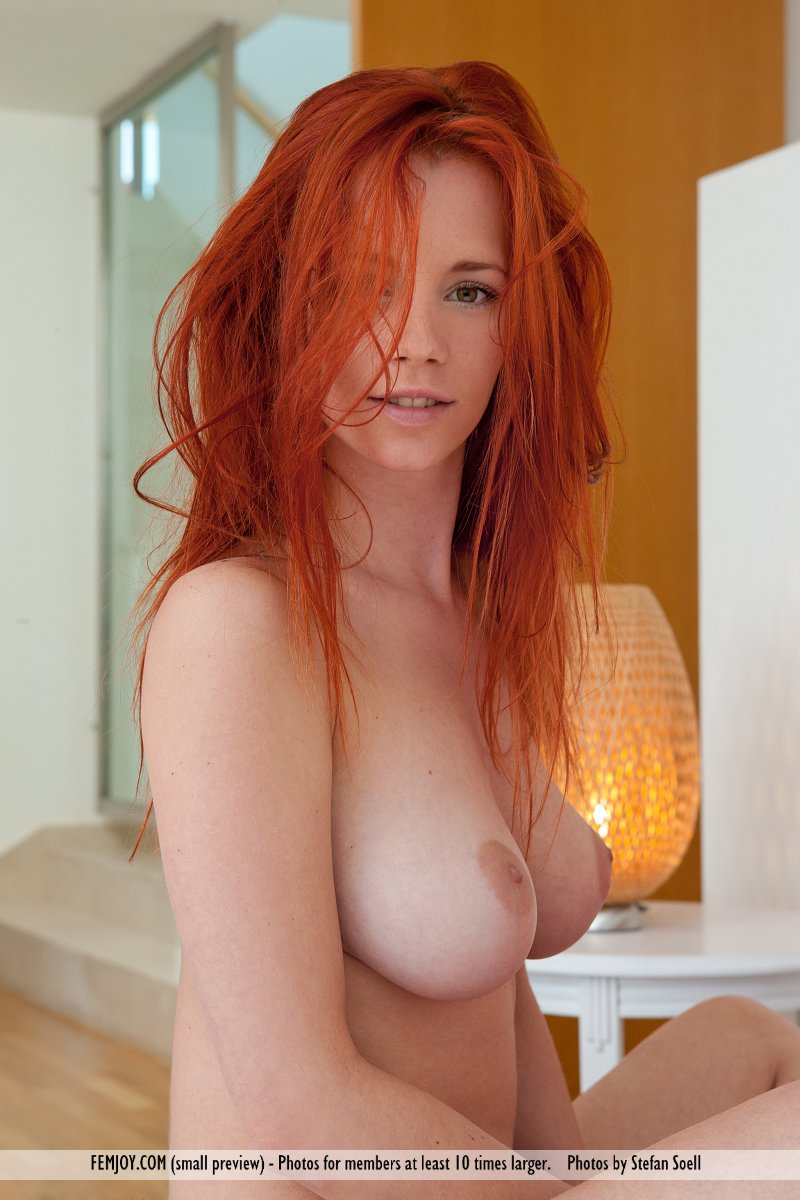 Ariel in raunchy photo HD for chargeless