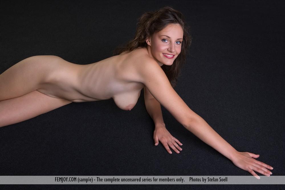 This damsel has large breasts and Brown hair, Hazel eye