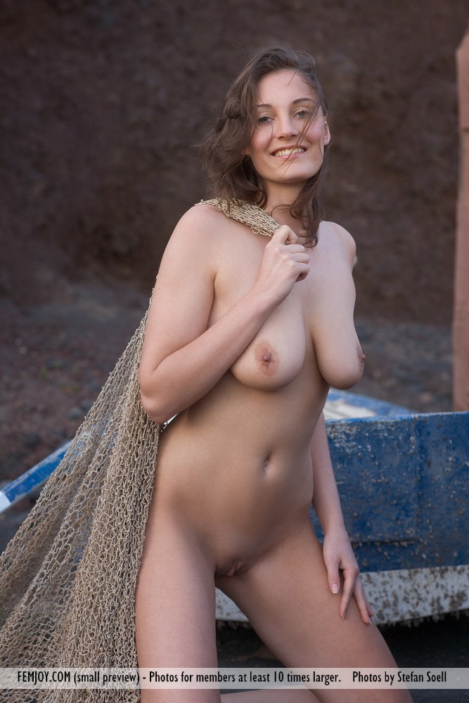 Model of Ashley in naked sessions