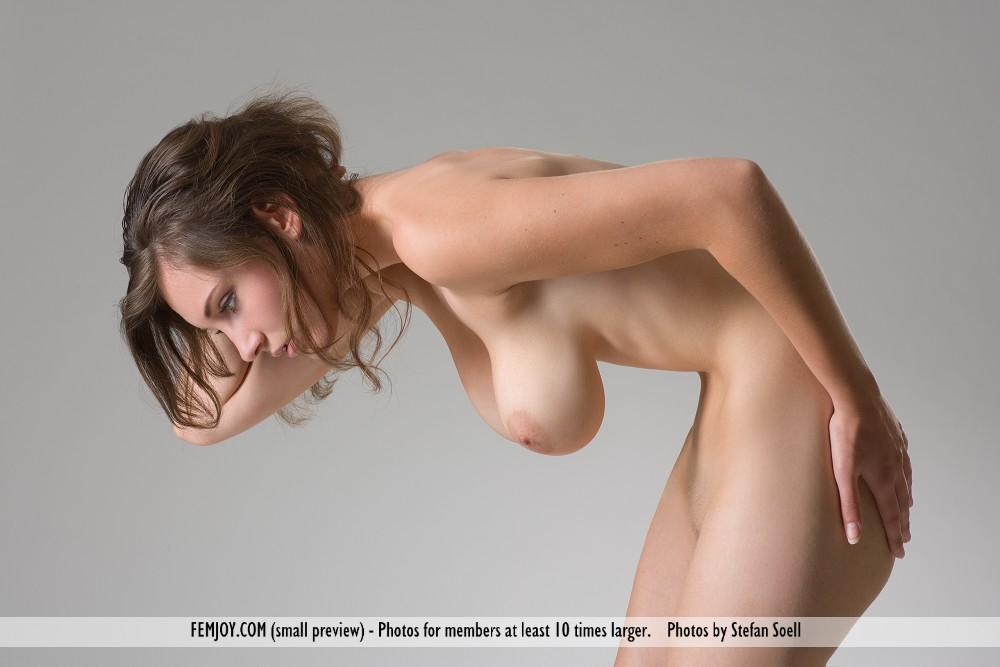 Ashley in naked pix