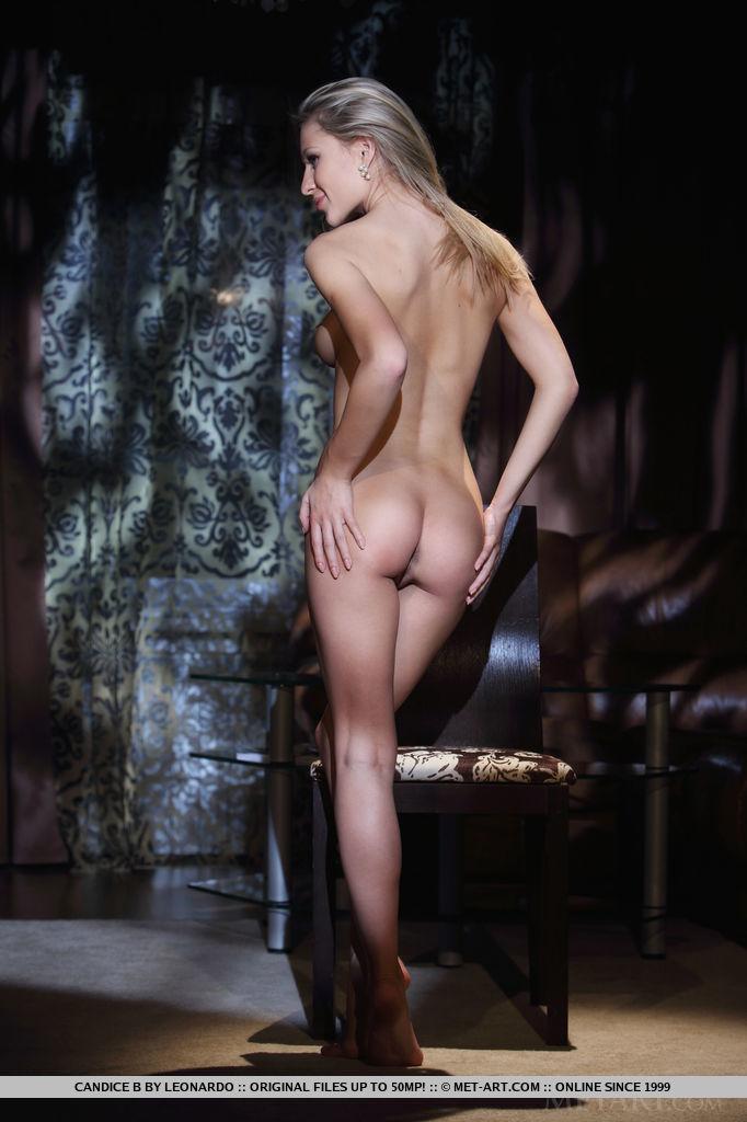 Best quality undressed photo