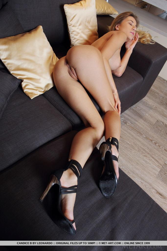 Candice B big breasts photo