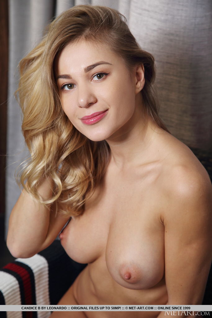 This girl has inviting large breasts and Blonde hair