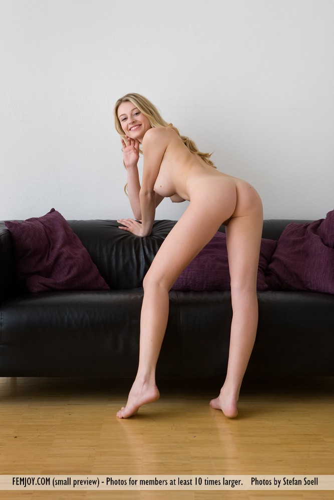 Model of Carisha in undraped sessions