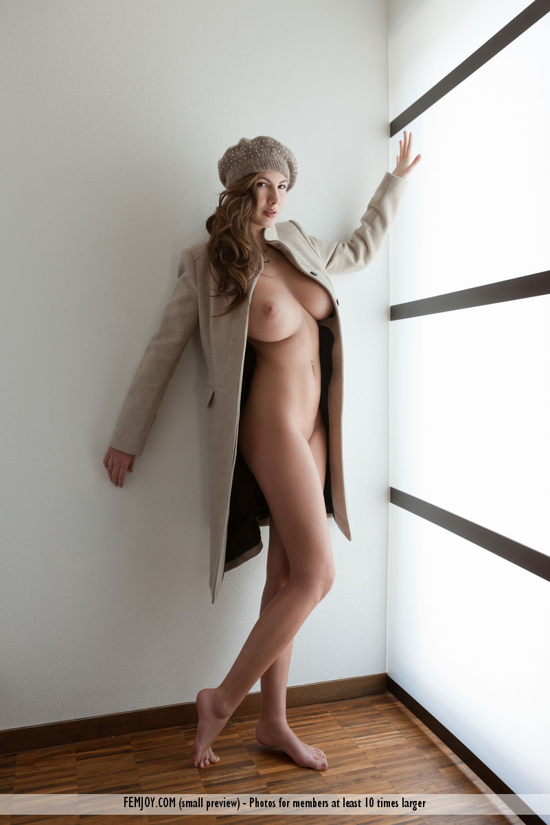 Connie Carter in titillating photo HD for gratuitous