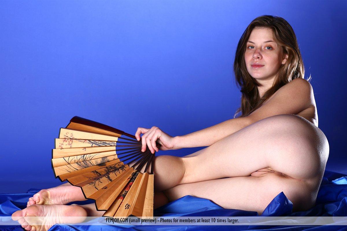 Danica in alluring photo HD for gratis