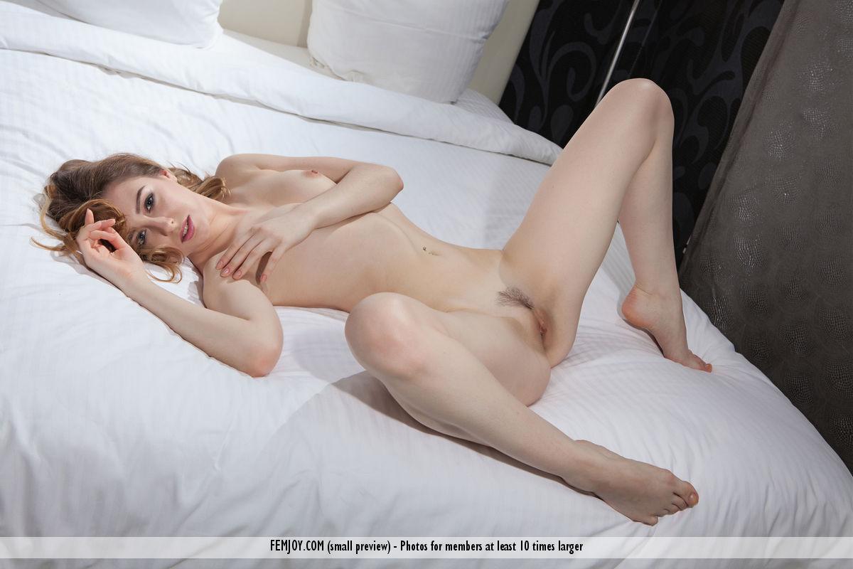 Best bawdy model Dara W. in garmentless sessions
