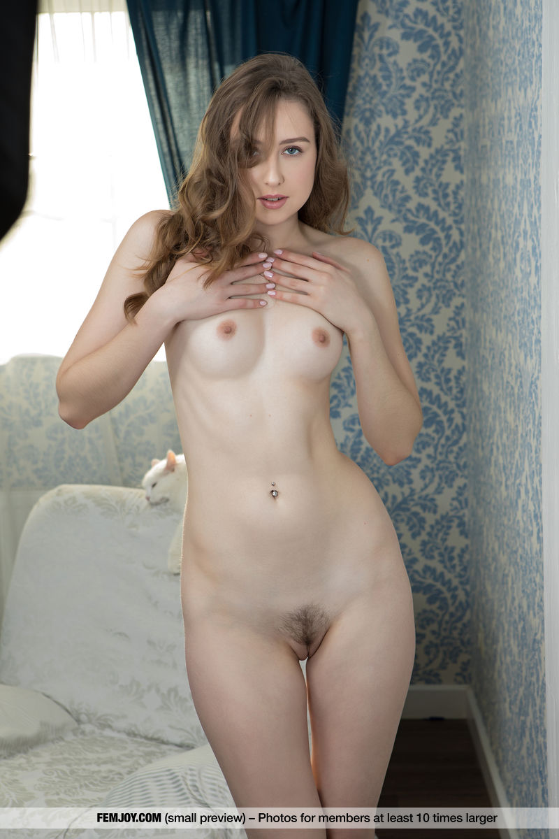 This woman has prurient small boobs and Brown hair