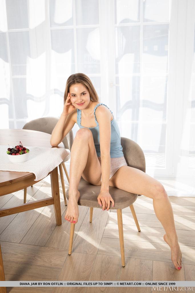 Best hot model Diana Jam in bare sessions