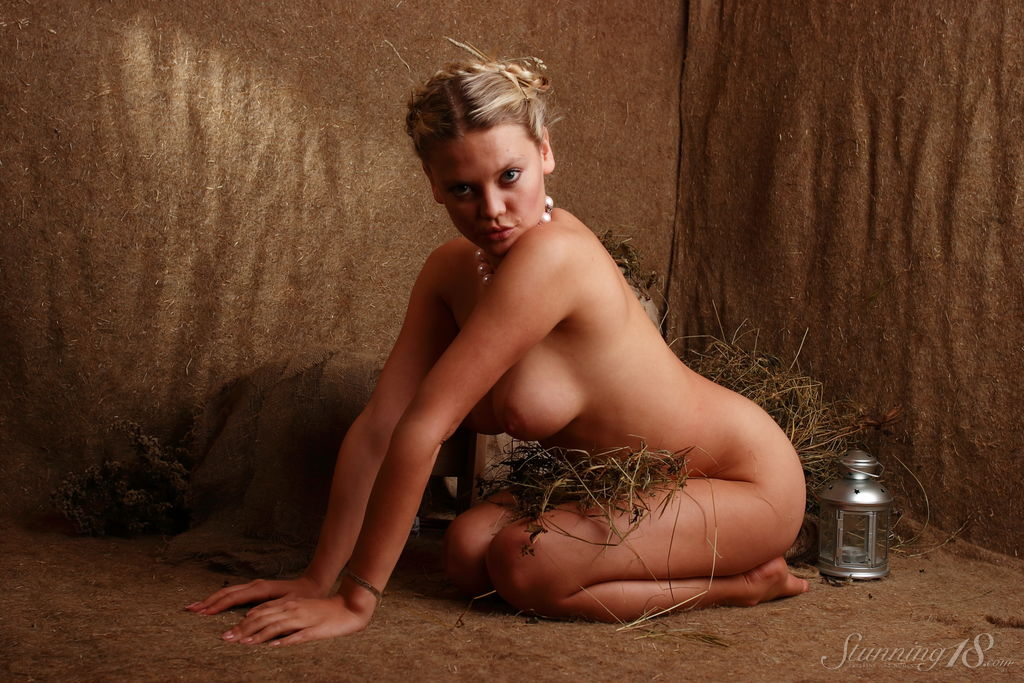 This damsel has undressed big breasts and Blonde hair