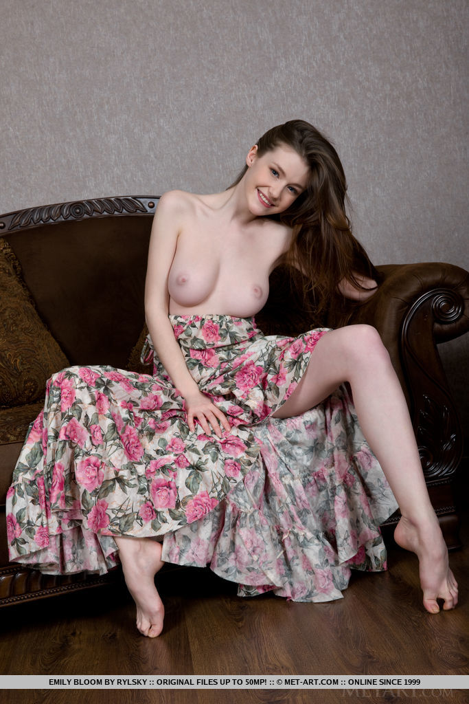 Best quality unclothed pic