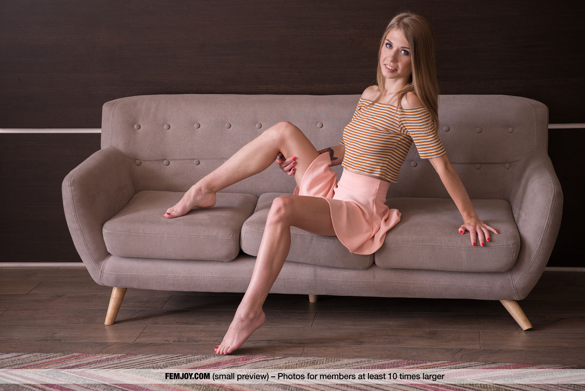 On the magazine cover of Sweet Thing FemJoy is magnificent Eva Gold