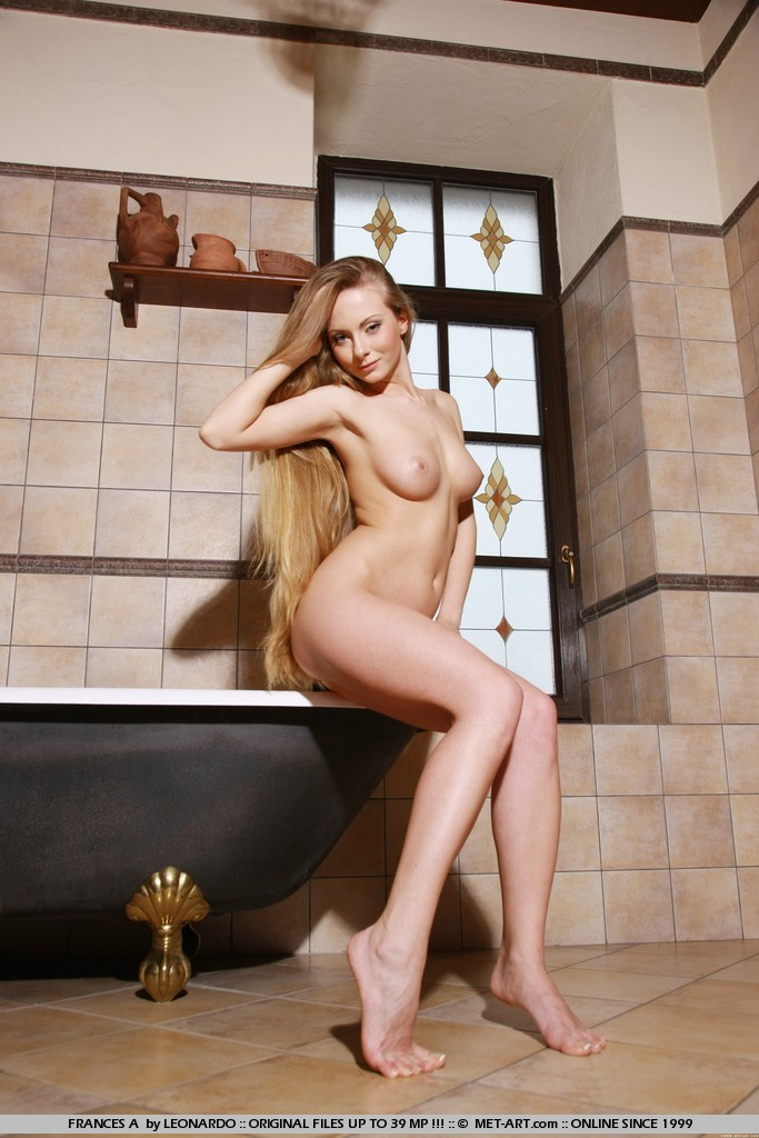 Best seductive model Frances A in unclothed sessions