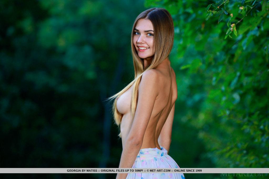 Georgia naked medium tits shot