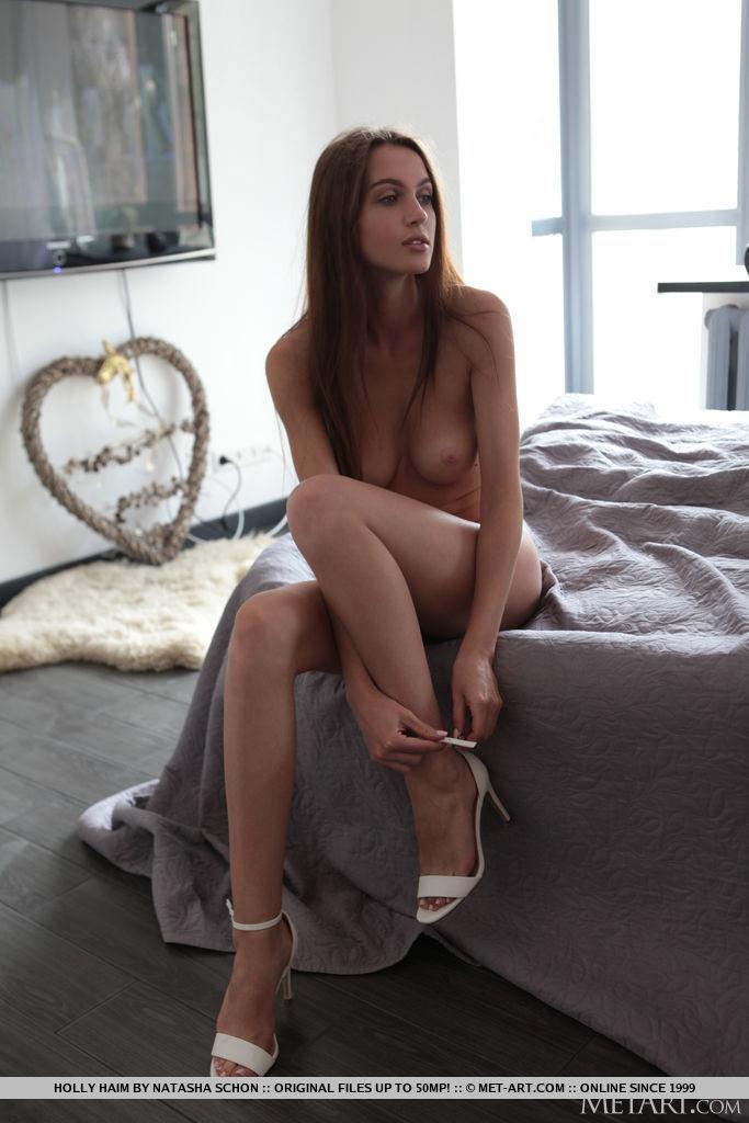 kissable medium tits image