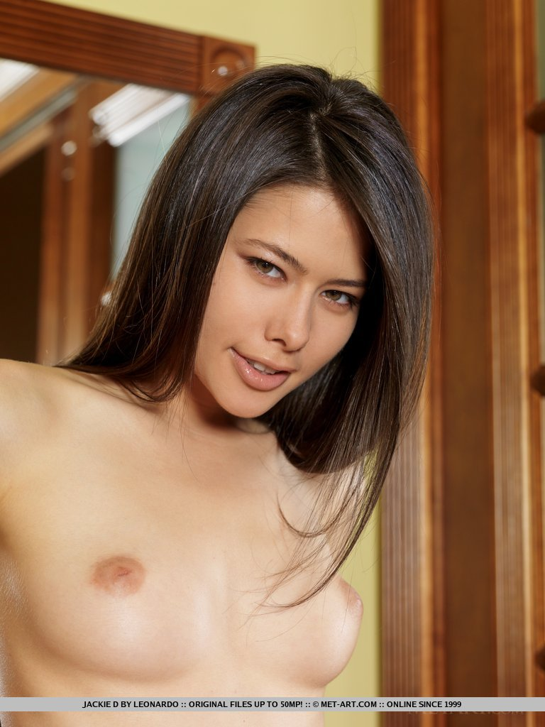 Model of Jackie D in stark-naked sessions