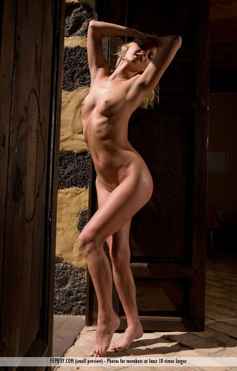 On the magazine cover of Waiting at the Gate FemJoy is shocking Jane