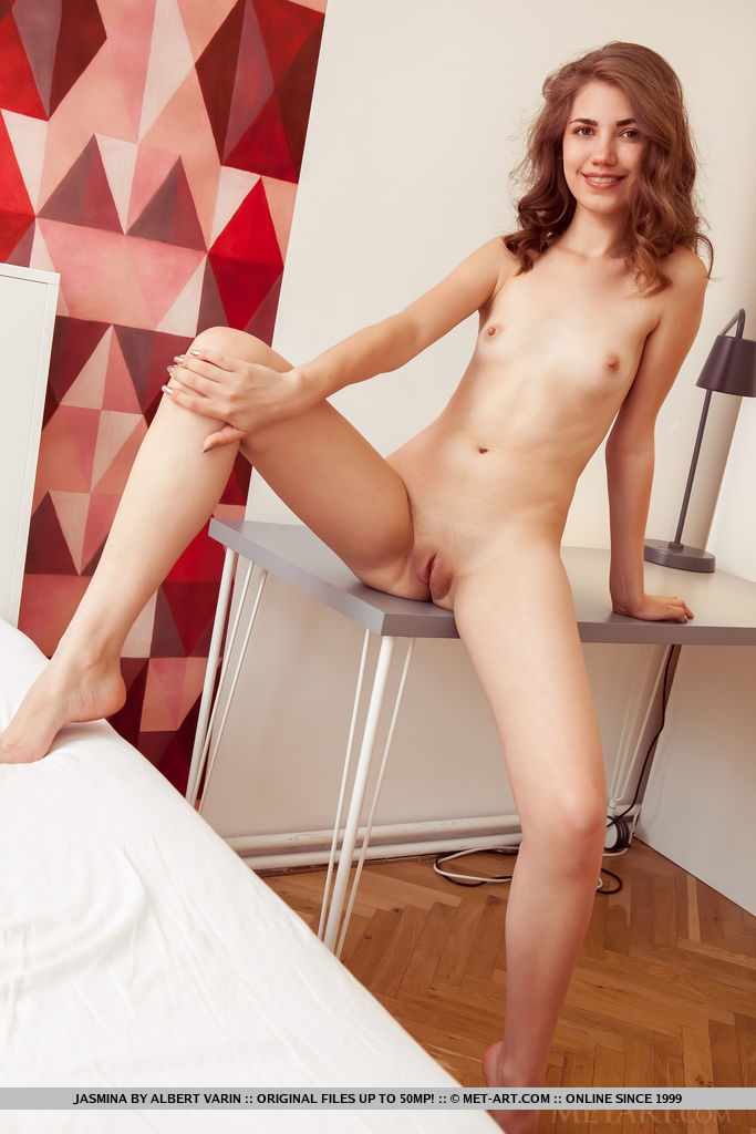Jasmina in unclothed picture