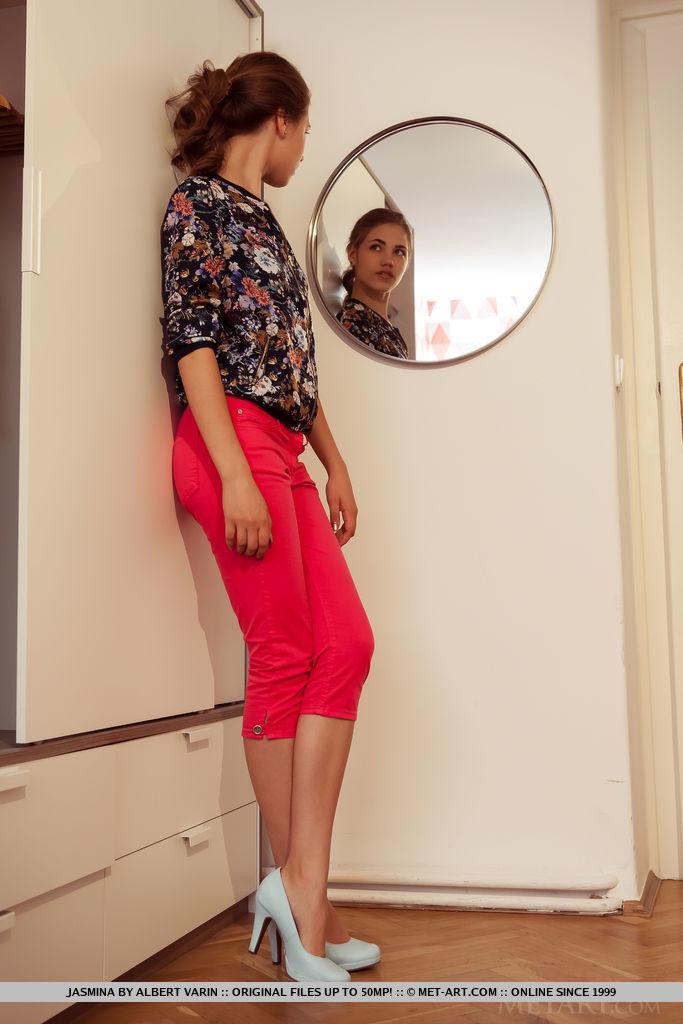 Best lecherous model Jasmina in au naturel sessions