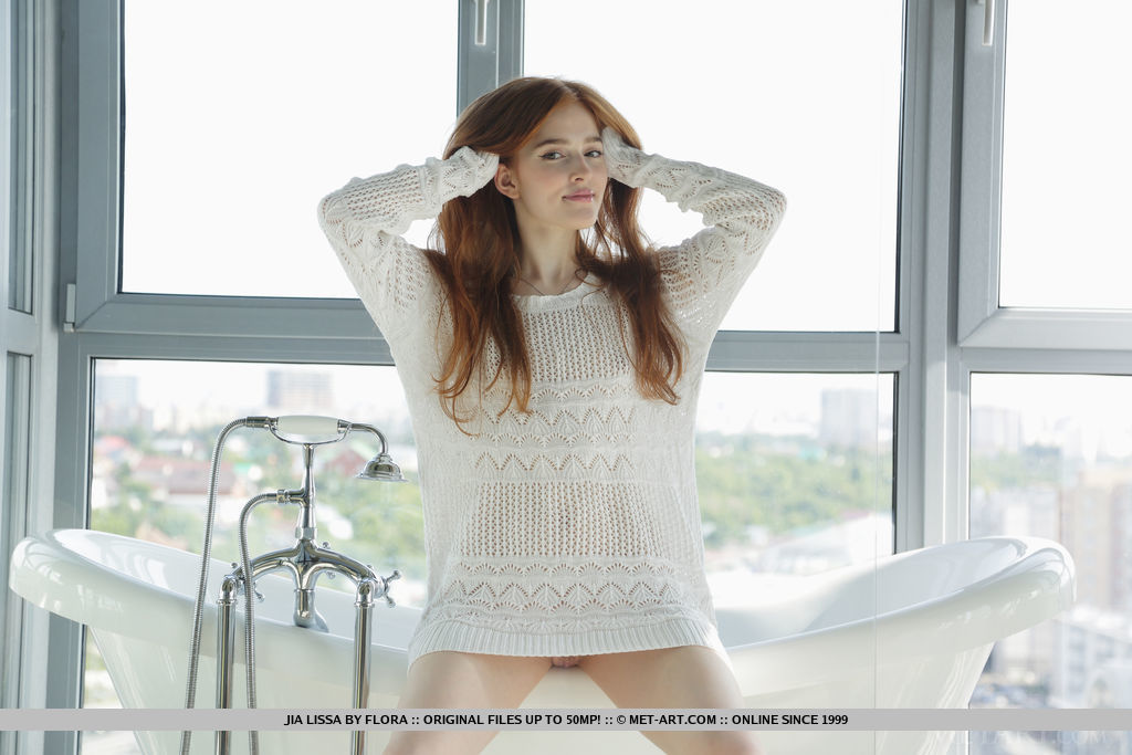 Jia Lissa in exciting photo sessions