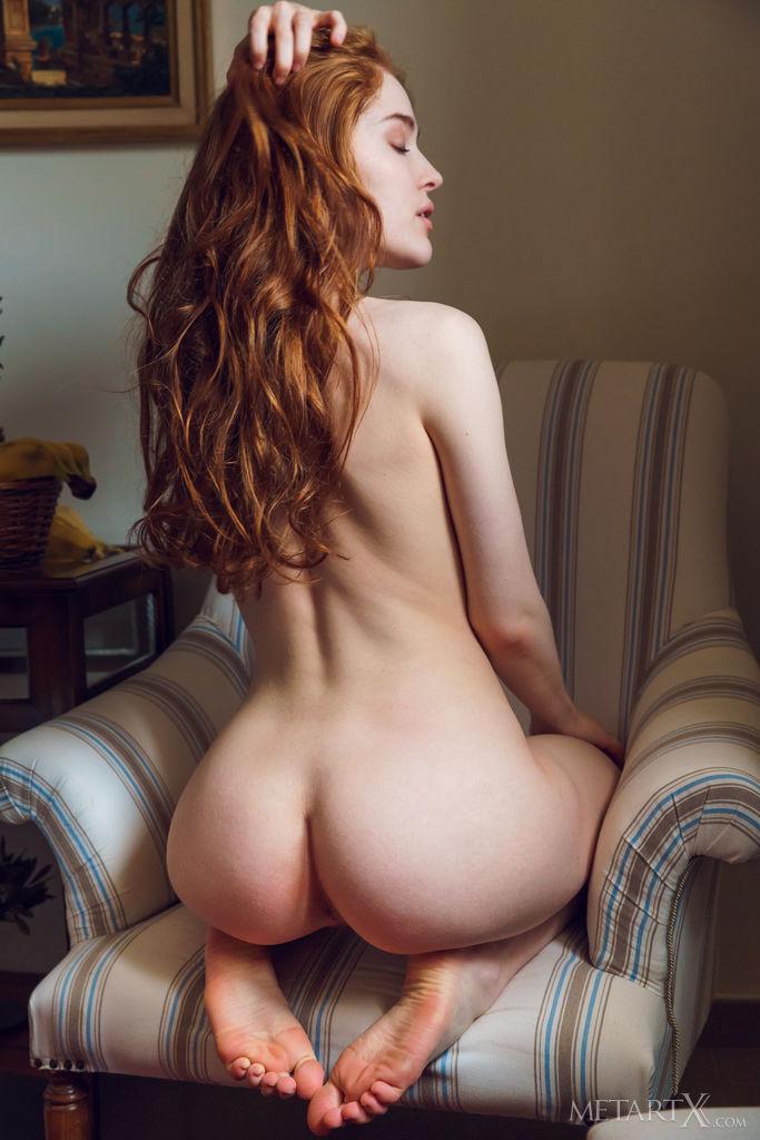 Jia Lissa unattired small titties snapshot