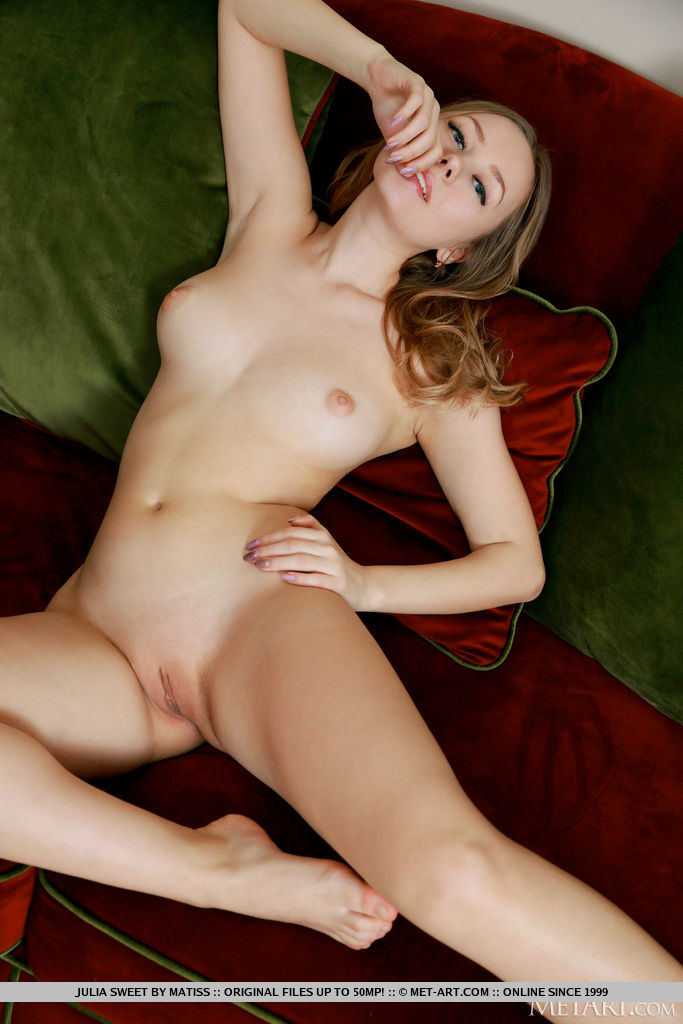 Best amatory model Julia Sweet for adult only sessions