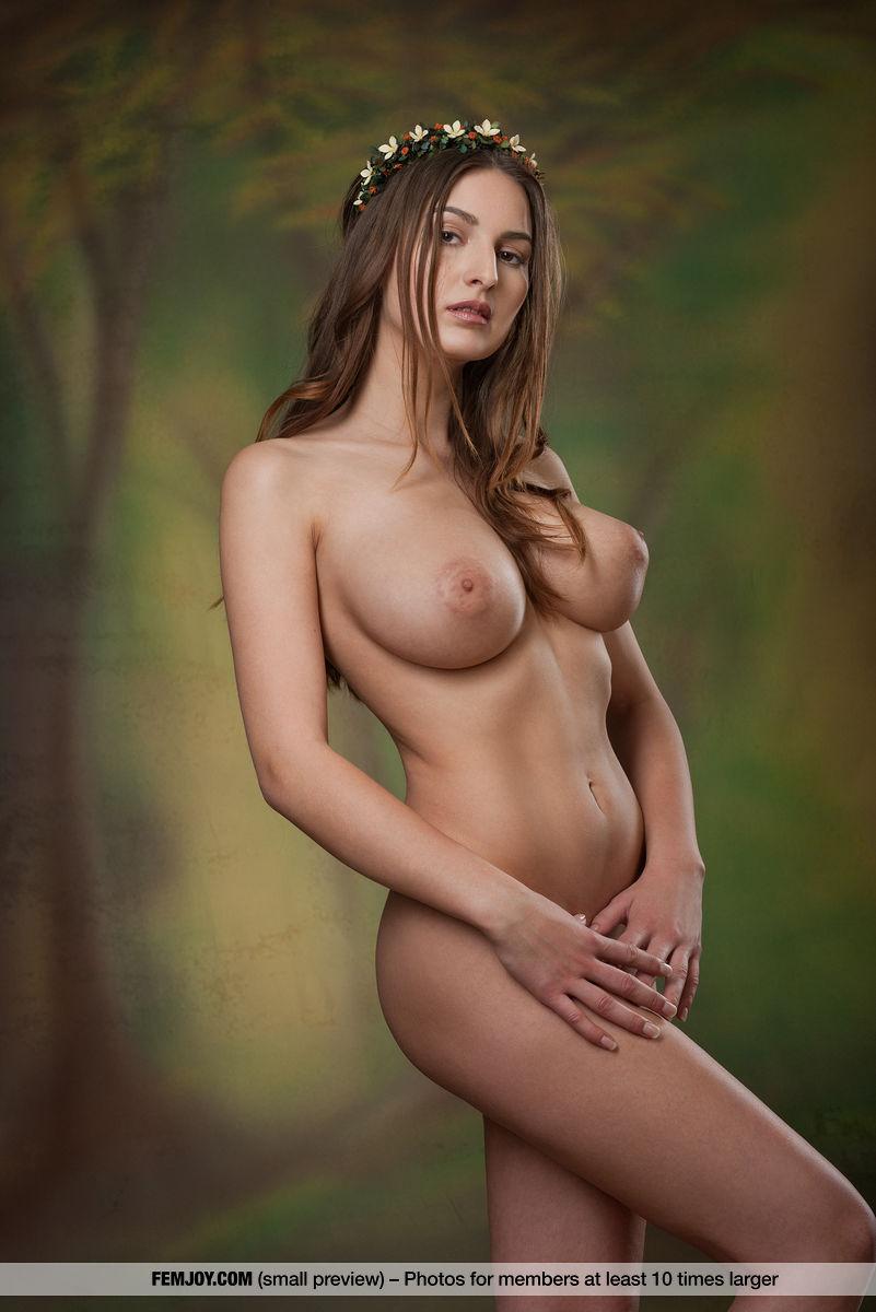 Karla S. in undraped image