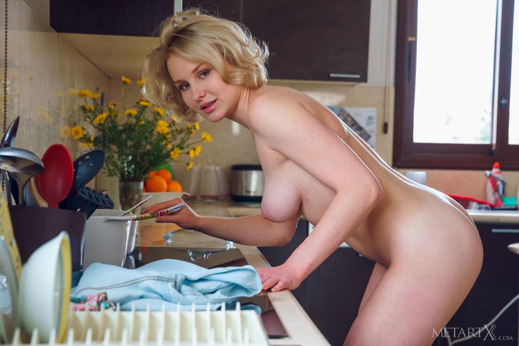 medium titties image for gratuitous