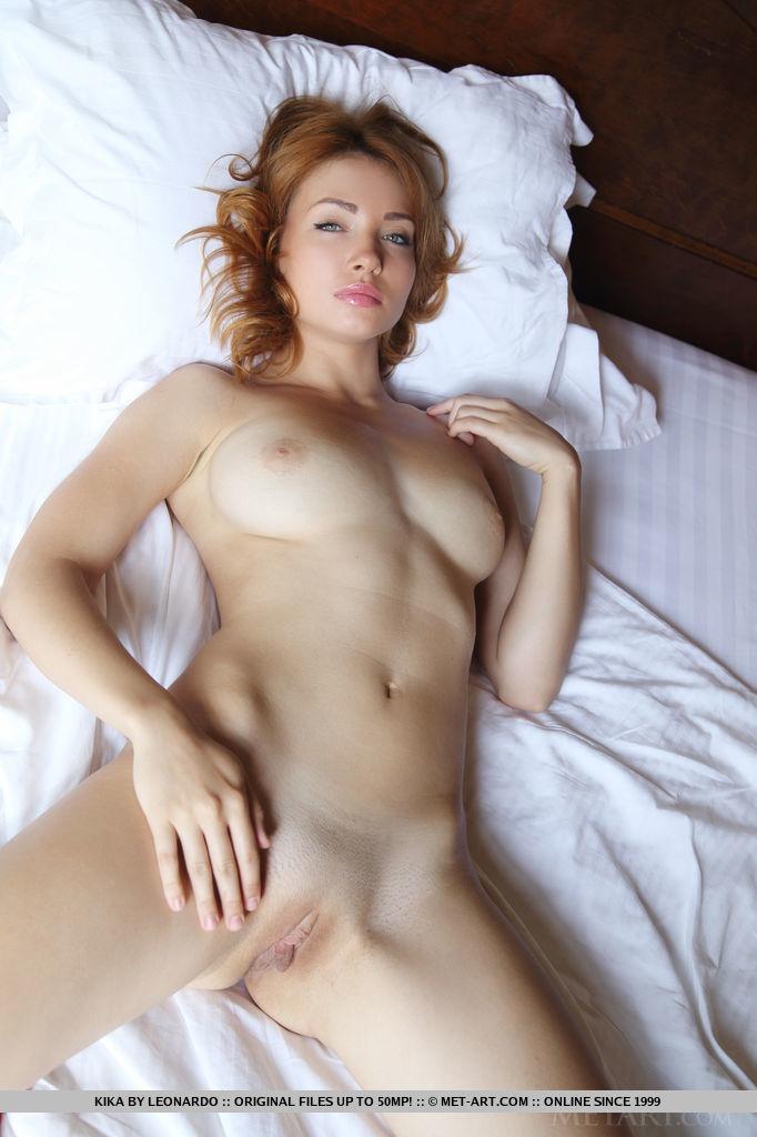 Kika rousing medium titties portrait