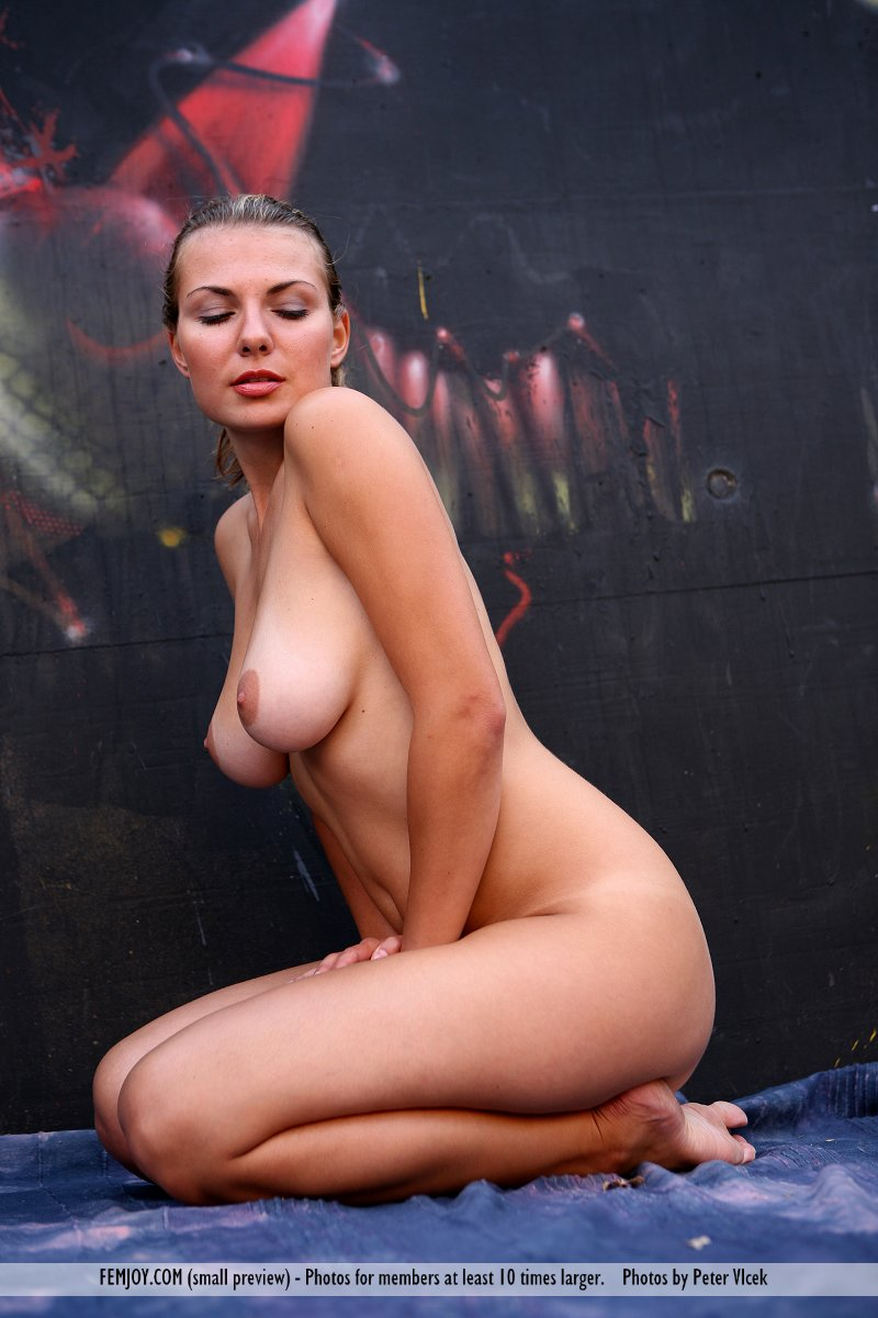 small naturalboobs slide for free of cost