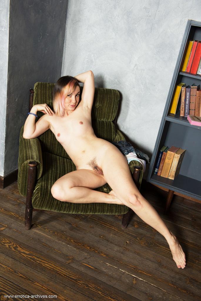 exposed photo gallery of  Leka B