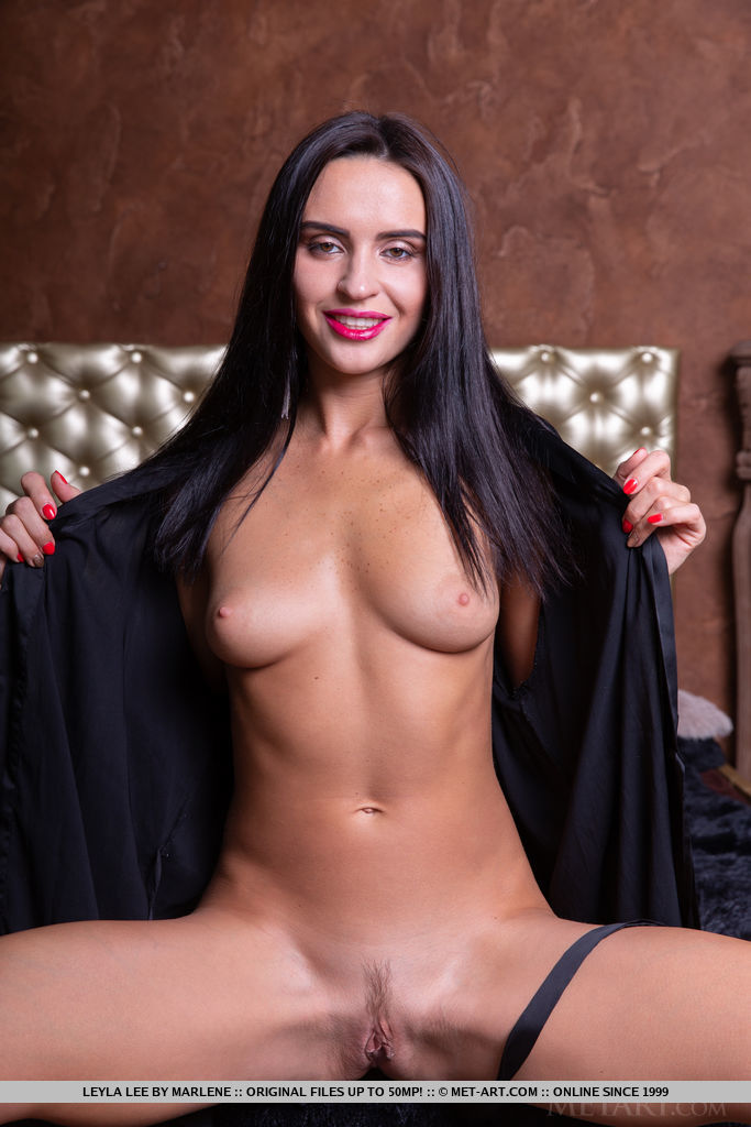 Best exciting model Leyla Lee for adult only sessions