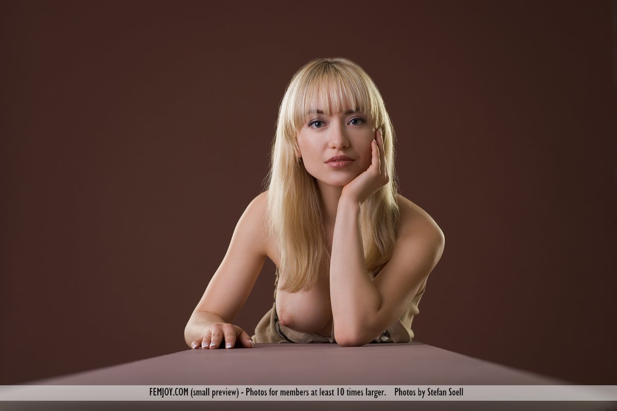 On the cover of Studio FemJoy is grand Lia
