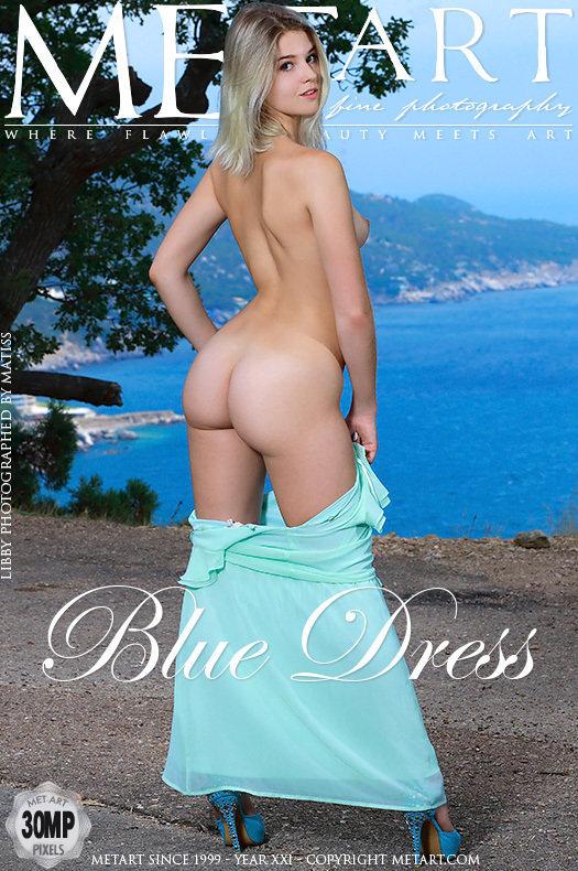Magazine coverLibby bare-skinned medium natural titties