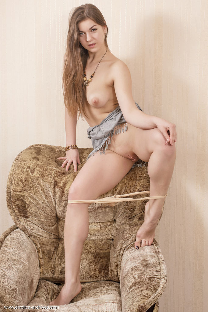 Best exciting model Lili K for adult only sessions