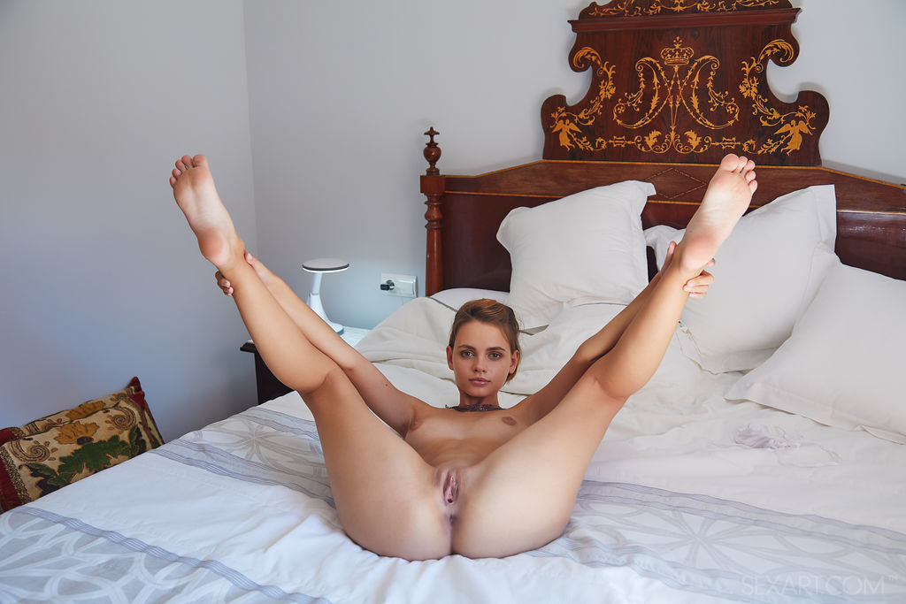 libidinous small titties shot for gratis