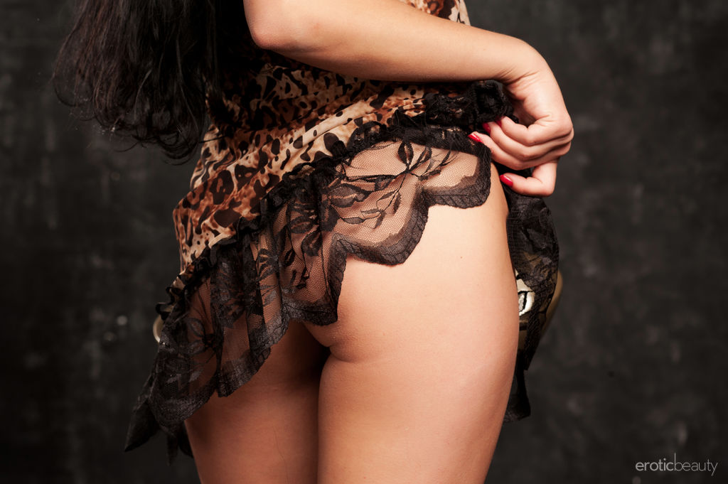 Best rousing model Lina N for adult only sessions