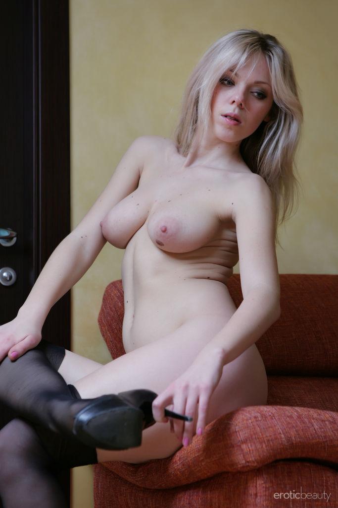 striking medium tits portrait