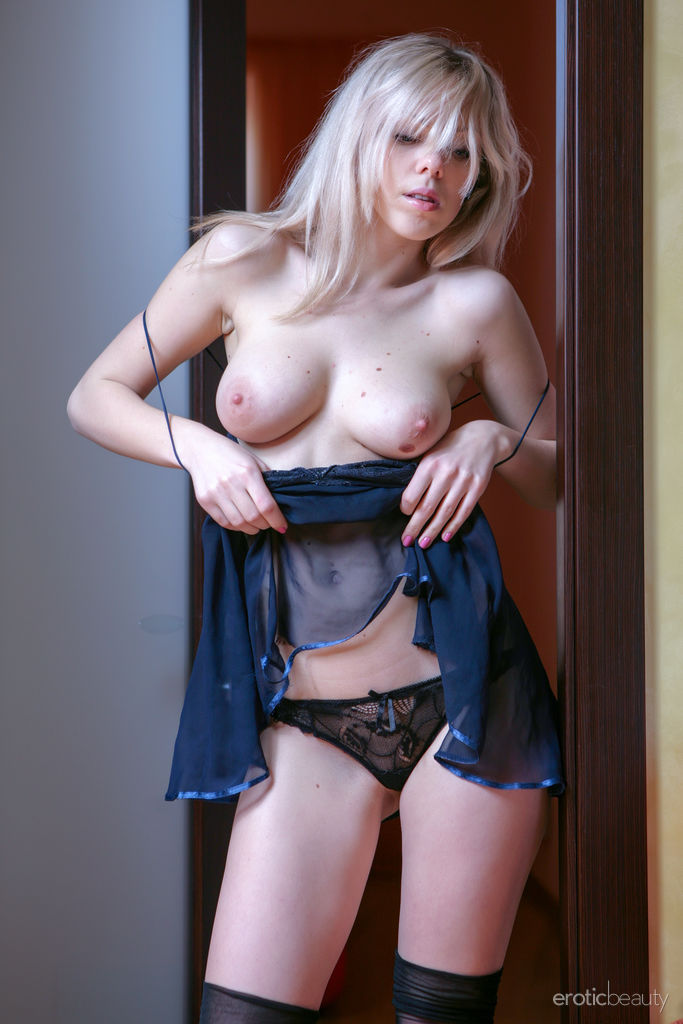 Lola A in in birthday suit image