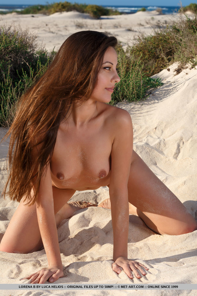 Model of Lorena B in unclothed sessions