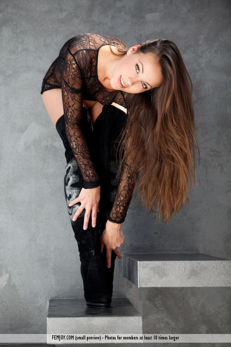 Lorena G. in unclad photo