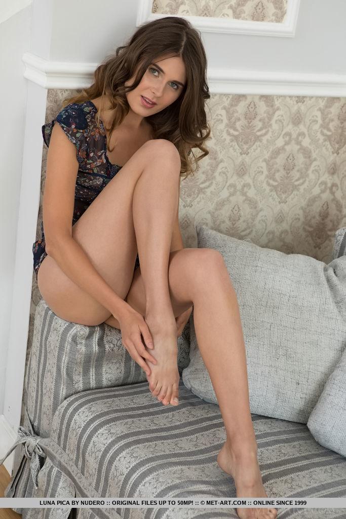Best libidinous model Luna Pica in bald sessions